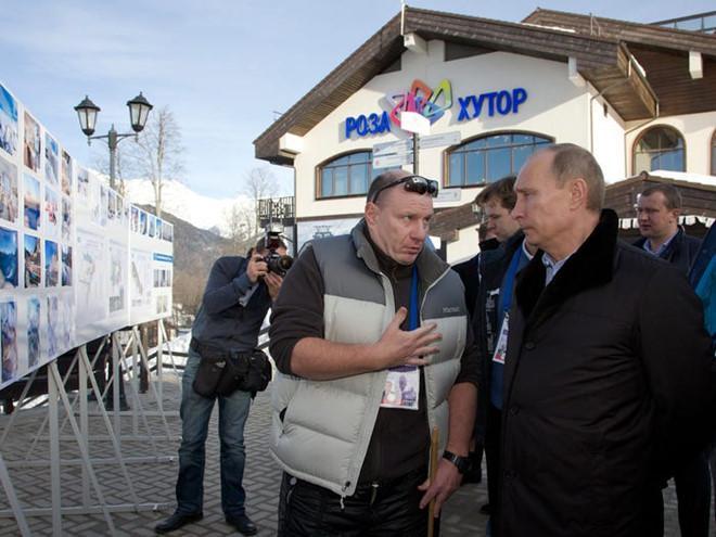 Tỷ phú Nga thân với Tổng thống Putin giàu đến cỡ nào Ảnh 7