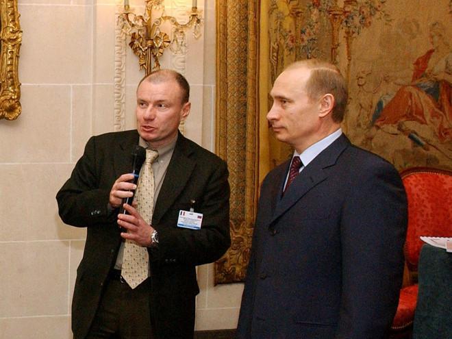 Tỷ phú Nga thân với Tổng thống Putin giàu đến cỡ nào Ảnh 6