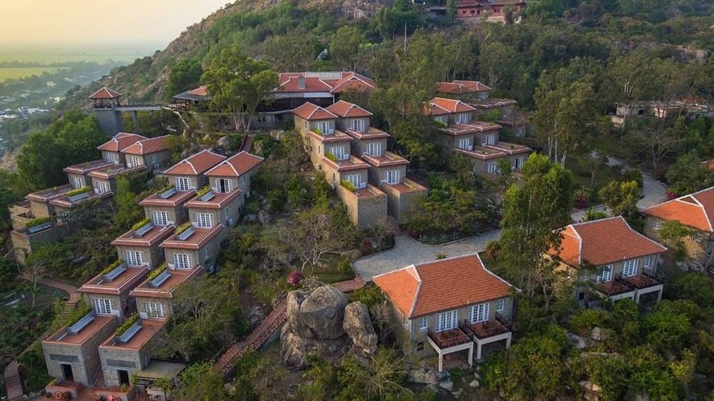 5 khu nghỉ dưỡng có view tuyệt đẹp ở miền Tây Ảnh 7