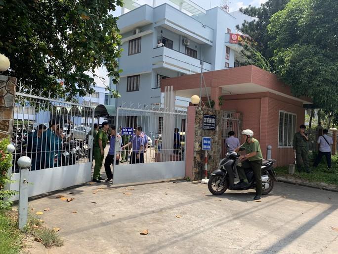 Vụ nổ tại Cục thuế tỉnh Bình Dương: Khởi tố vụ án khủng bố chống chính quyền Ảnh 1