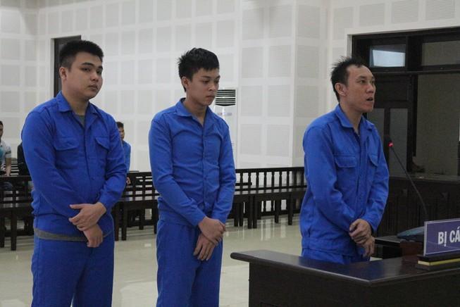 Đòi bảo kê quán của người Hàn Quốc, nhóm côn đồ lãnh án Ảnh 1