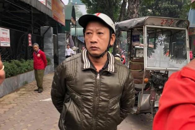 Ngày thứ 2 làm xe ôm, cụ ông 80 tuổi bị đánh gãy xương Ảnh 1