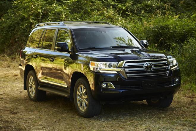 Toyota Land Cruiser tại Việt Nam tăng giá, thêm trang bị Ảnh 4