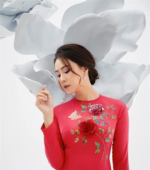 Nhan sắc đời thật khác trên phim của Khuê 'Hoa hồng trên ngực trái' Ảnh 3
