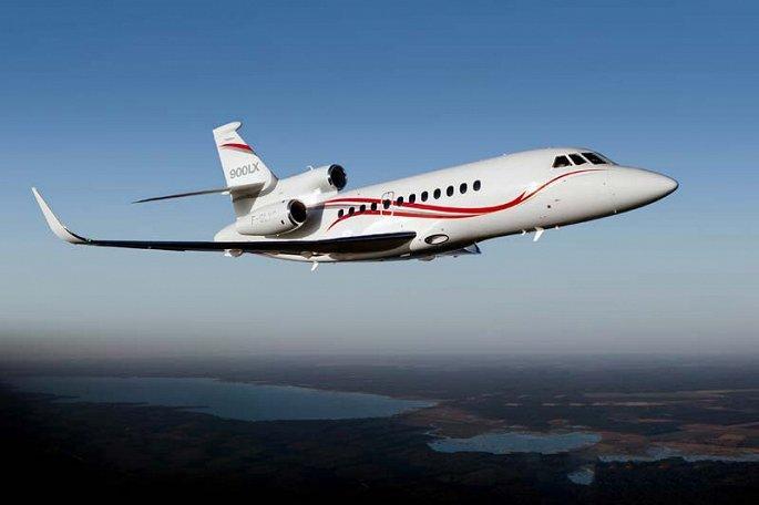 'Soi' hai mẫu máy bay riêng giá hàng chục triệu USD đại gia Việt vừa tậu Ảnh 1