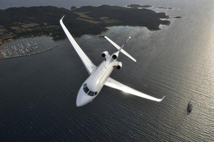 'Soi' hai mẫu máy bay riêng giá hàng chục triệu USD đại gia Việt vừa tậu Ảnh 8