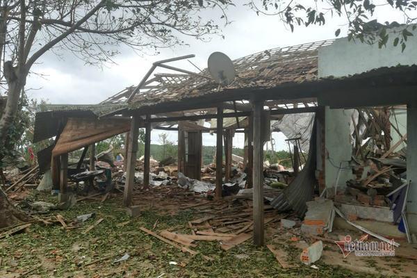Mìn nổ bay nóc nhà, 2 người thương vong ở Đắk Nông Ảnh 1