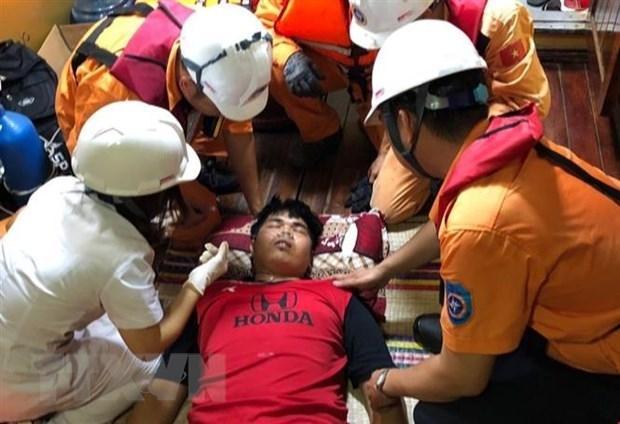 Việt Nam cứu thành công thuyền viên Thái Lan hôn mê trên biển Ảnh 1