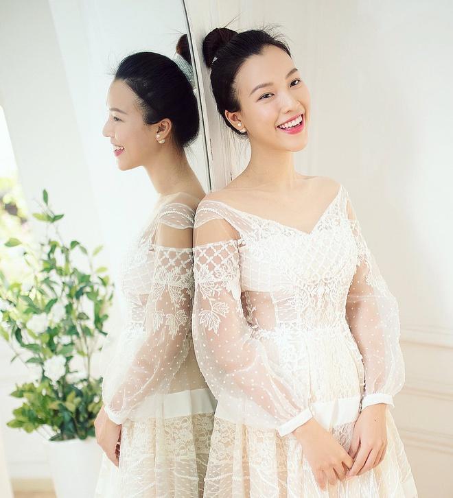 Kỳ Duyên khoe dáng với bikini, Ninh Dương Lan Ngọc diện váy hở lưng Ảnh 5