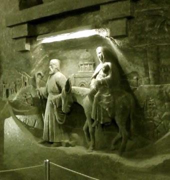 Mỏ muối Wieliczka – Kho tàng nghệ thuật độc đáo Ảnh 2