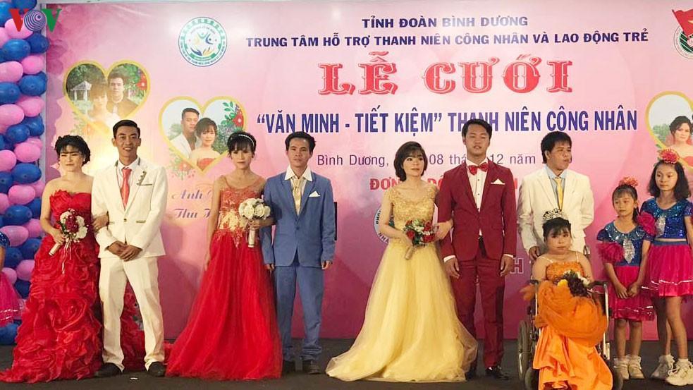 Xúc động lễ cưới tập thể cho công nhân khó khăn và người khuyết tật Ảnh 1