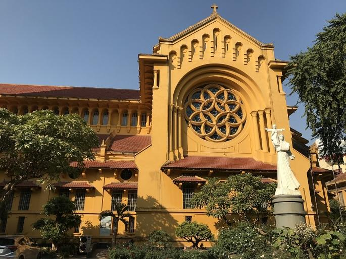 Các nhà thờ ở Hà Nội nhộn nhịp, trang hoàng chờ đón Giáng sinh Ảnh 8