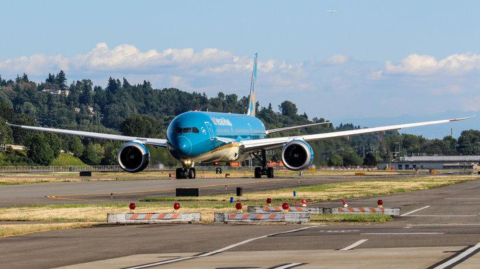 Siêu máy bay Boeing 787-10 đón thầy trò HLV Park Hang-seo trở về từ SEA Games 30 có gì đặc biệt? Ảnh 3