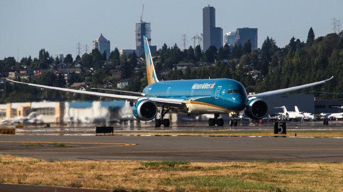 Siêu máy bay Boeing 787-10 đón thầy trò HLV Park Hang-seo trở về từ SEA Games 30 có gì đặc biệt? Ảnh 2
