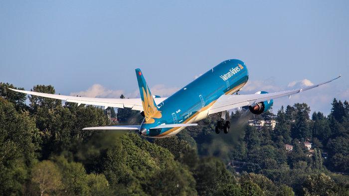 Siêu máy bay Boeing 787-10 đón thầy trò HLV Park Hang-seo trở về từ SEA Games 30 có gì đặc biệt? Ảnh 7