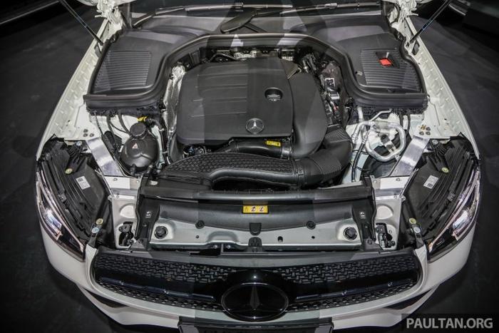 Mercedes-Benz GLC 300 Coupe 2020 ra mắt tại Malaysia, giá từ 2,33 tỷ đồng Ảnh 4