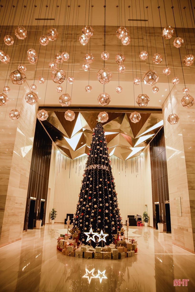 'Lạc bước' vào không gian đón mừng Giáng sinh 2019 tại Hà Tĩnh Ảnh 2