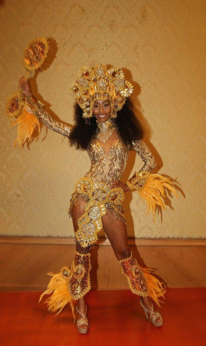 Thúy An trình diễn 'Điểu tinh đoạt công chúa': Đẹp - Độc đáo - Quyết giật giải Best National Costume! Ảnh 7