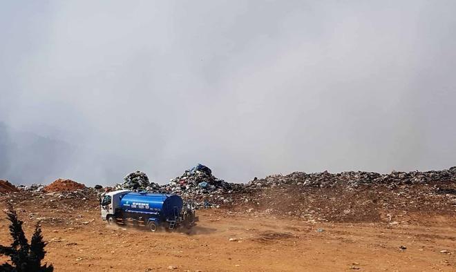 Bãi rác Cam Ly cháy 4 ngày, Giám đốc Sở TN&MT khẳng định không có Ảnh 2