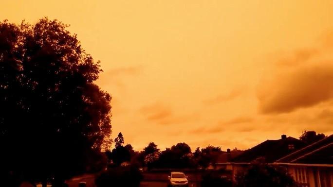 Những hình ảnh đáng kinh ngạc của cháy rừng Úc nhìn từ trên cao Ảnh 6