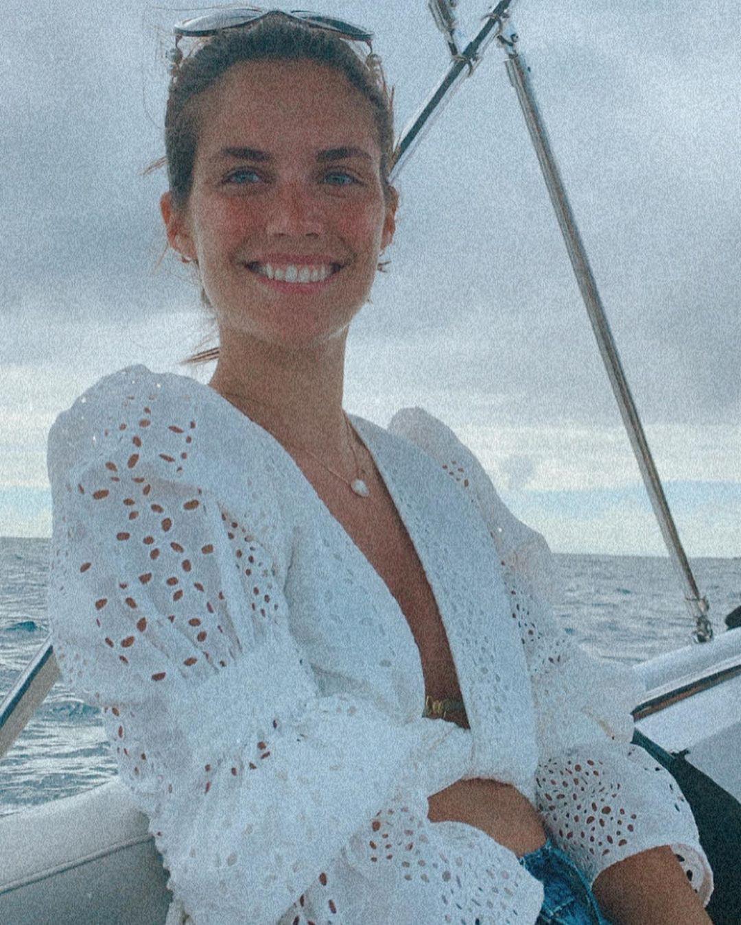 Sara Sampaio thả dáng nuột eo thon với bikini quyến rũ ngất ngây Ảnh 4