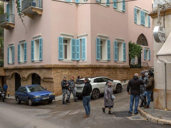 Có gì trong khu phố đắt đỏ ở Lebanon mà cựu CEO Nissan trốn sang? Ảnh 3