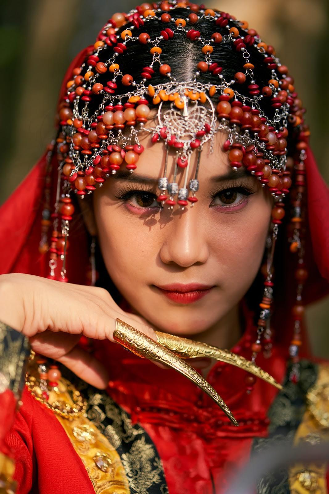 Hoàng Yến Chibi phản hồi khi bị cho đạo nhái 'Đông Cung' Ảnh 1