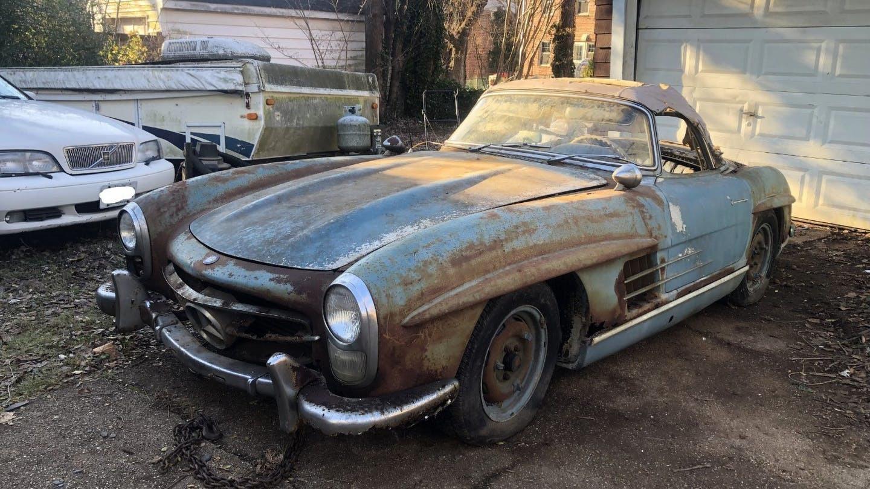 Xe cổ Mercedes-Benz 'đồng nát' giá gần 19 tỷ đồng Ảnh 2