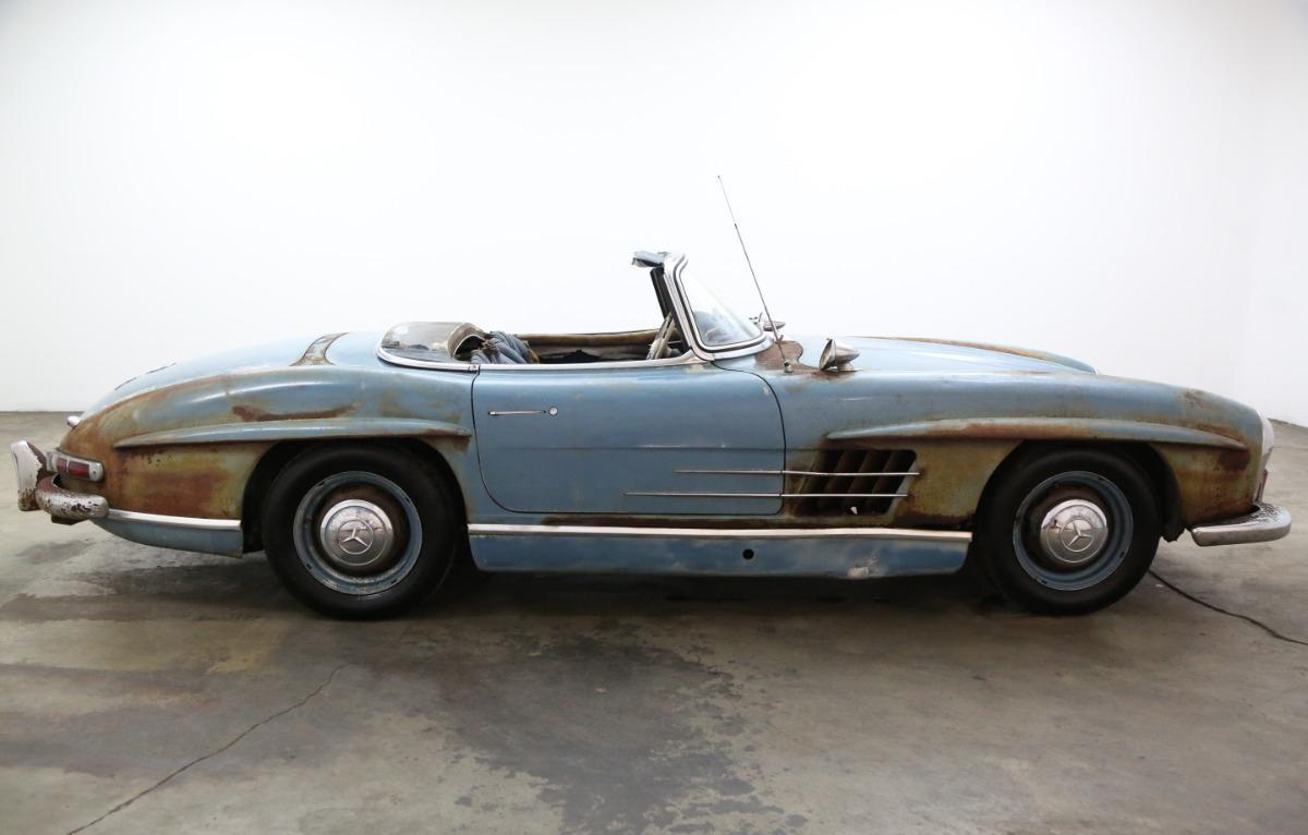 Xe cổ Mercedes-Benz 'đồng nát' giá gần 19 tỷ đồng Ảnh 8