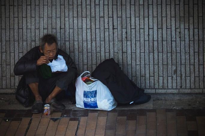 Tỉnh 80 triệu dân chỉ có 17 người nghèo, dân mạng Trung Quốc dậy sóng Ảnh 1