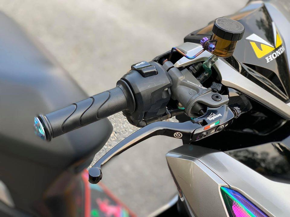 Honda Vario 150 độ phong cách nhẹ nhàng bằng dàn đồ chơi cực chất Ảnh 2
