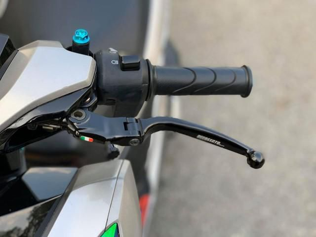 Honda Vario 150 độ phong cách nhẹ nhàng bằng dàn đồ chơi cực chất Ảnh 3