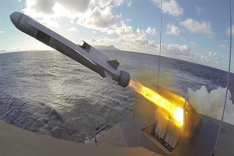 Hải quân Mỹ đánh trúng mục tiêu từ khoảng cách 200km bằng tên lửa tàng hình Ảnh 9