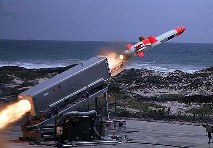 Hải quân Mỹ đánh trúng mục tiêu từ khoảng cách 200km bằng tên lửa tàng hình Ảnh 12