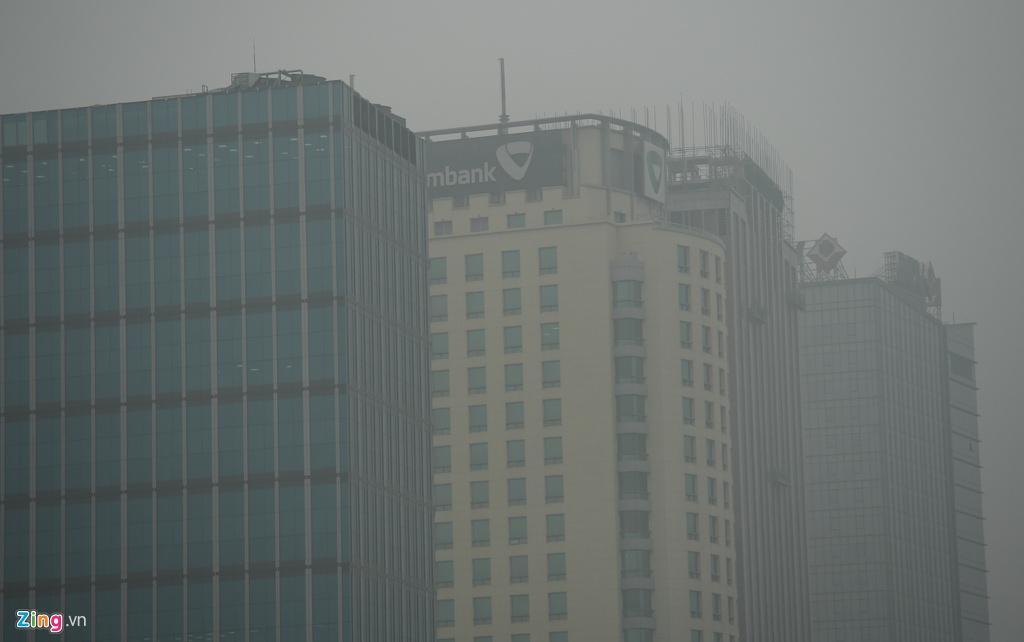 Hà Nội chìm trong sương mù cả ngày lẫn đêm Ảnh 6