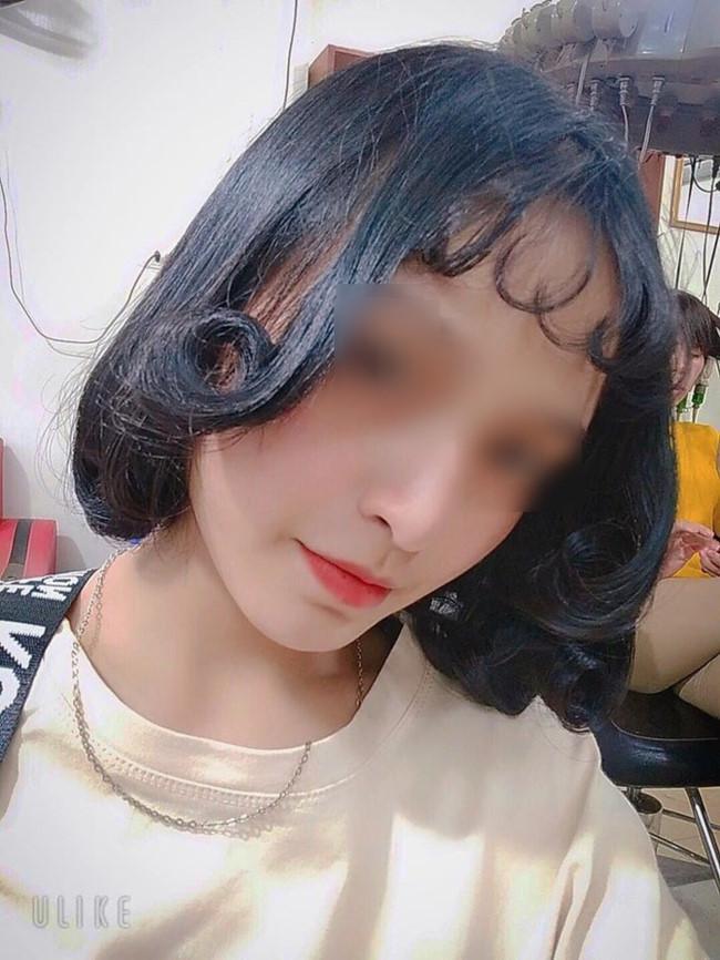 Đi làm tóc để diện Tết, nhìn thành quả cô gái còn buồn hơn cả thất tình Ảnh 4