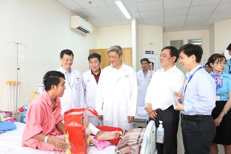 Thứ trưởng Bộ Y tế lưu ý BV Chợ Rẫy cảnh giác virus corona Ảnh 3