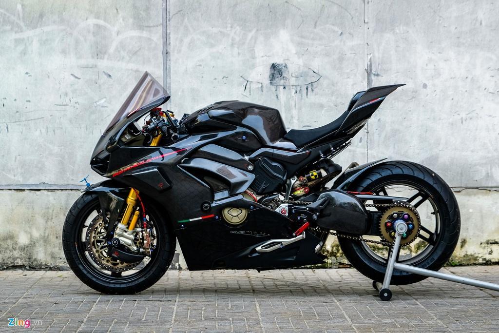 Ducati Panigale V4 với gói độ xe đua tiền tỷ tại TP.HCM Ảnh 4