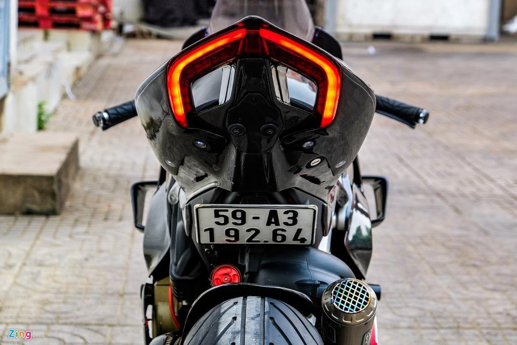 Ducati Panigale V4 với gói độ xe đua tiền tỷ tại TP.HCM Ảnh 3