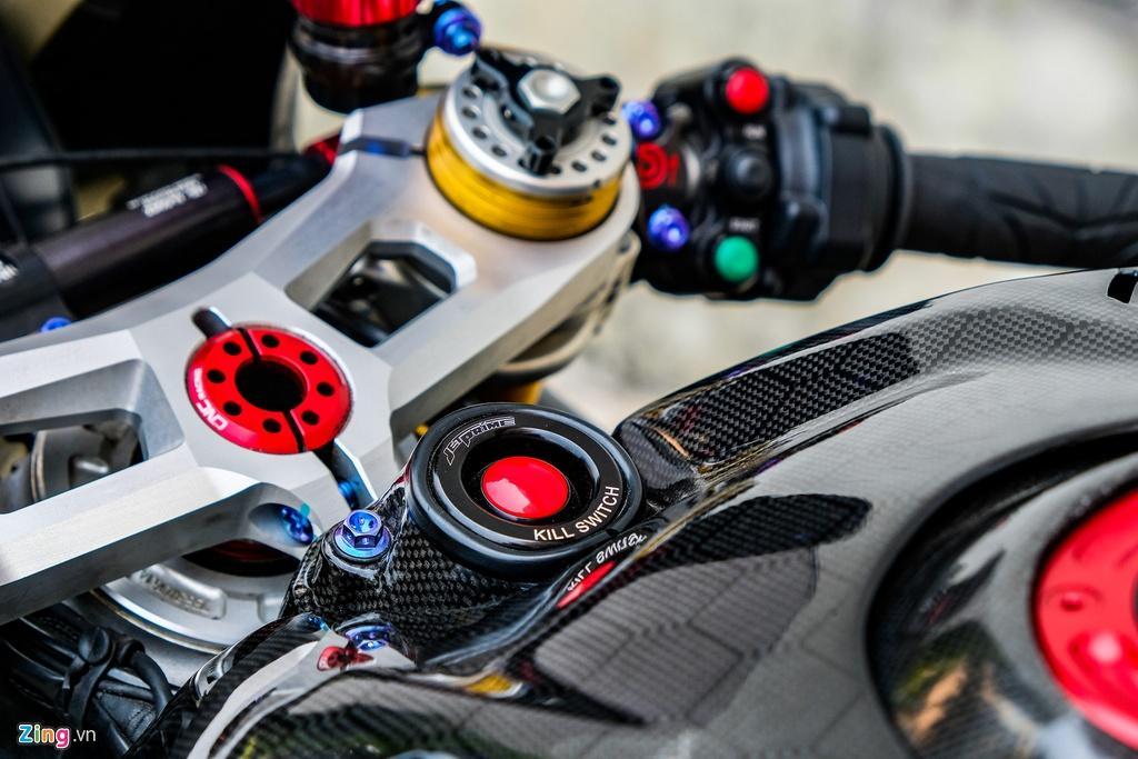 Ducati Panigale V4 với gói độ xe đua tiền tỷ tại TP.HCM Ảnh 11