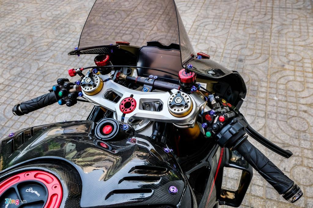 Ducati Panigale V4 với gói độ xe đua tiền tỷ tại TP.HCM Ảnh 6
