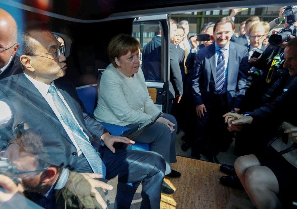 Ôtô Đức kẹt giữa cuộc chiến Mỹ - Huawei Ảnh 2