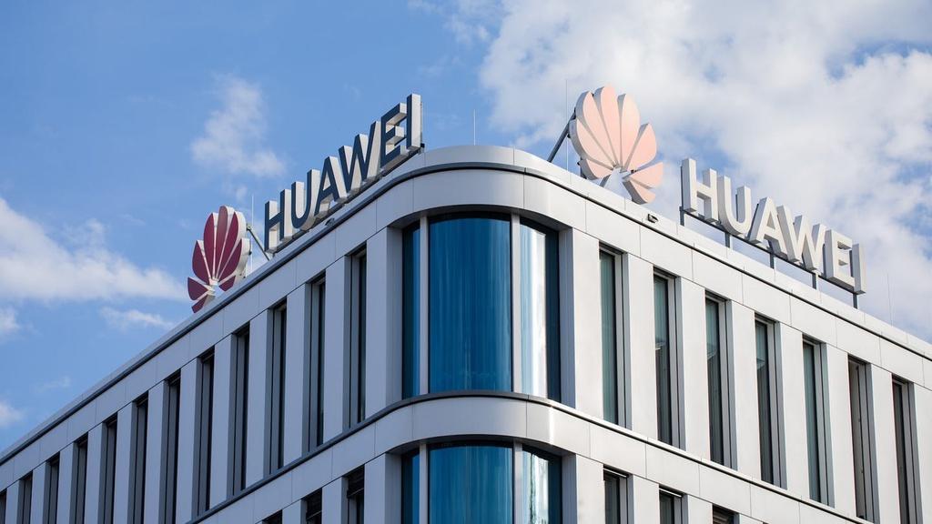 Ôtô Đức kẹt giữa cuộc chiến Mỹ - Huawei Ảnh 1