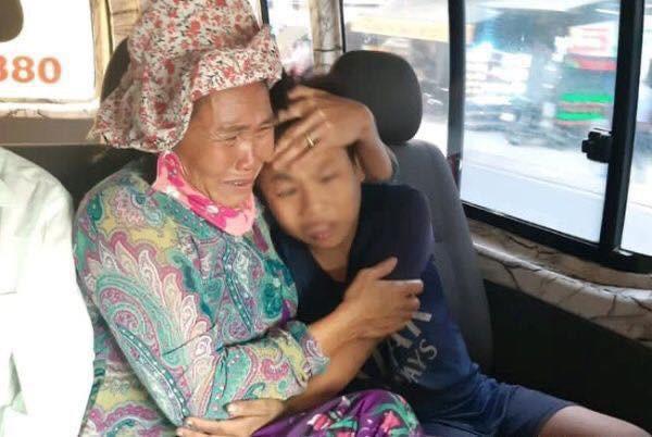Điều kỳ diệu cuối năm, bà mẹ bán vé số đã tìm được con trai sau hơn 1 năm đi lạc Ảnh 4