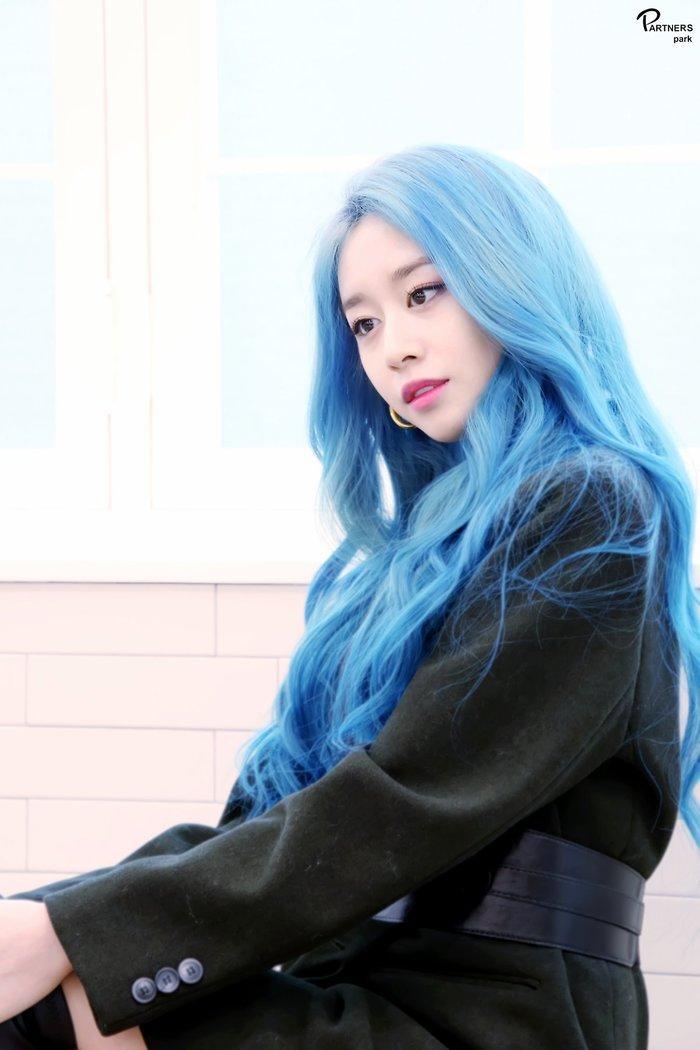 Park Ji Yeon (T-ARA) hóa công chúa Disney bản thực khiến dân tình bấn loạn Ảnh 6