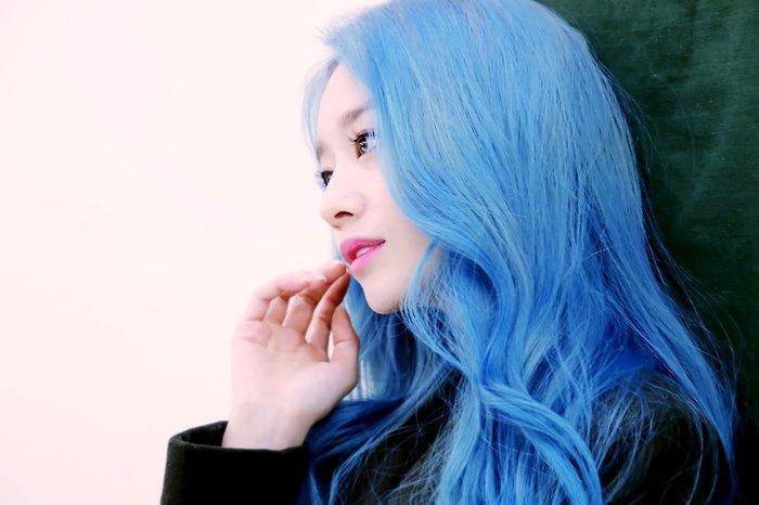 Park Ji Yeon (T-ARA) hóa công chúa Disney bản thực khiến dân tình bấn loạn Ảnh 17