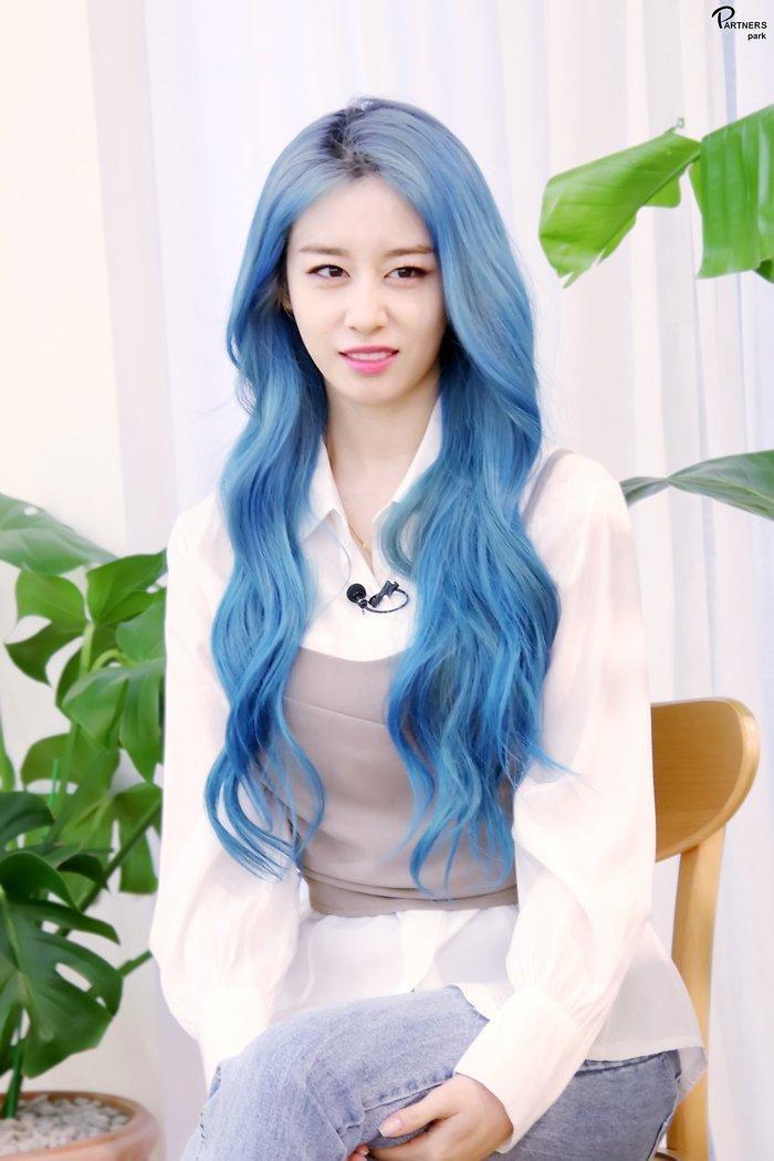 Park Ji Yeon (T-ARA) hóa công chúa Disney bản thực khiến dân tình bấn loạn Ảnh 28