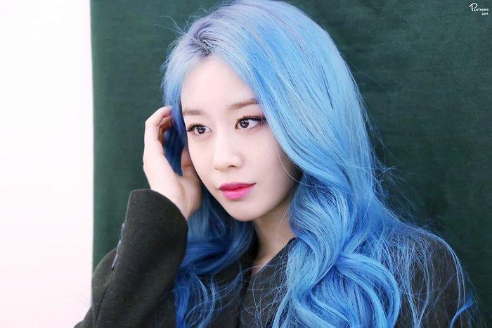 Park Ji Yeon (T-ARA) hóa công chúa Disney bản thực khiến dân tình bấn loạn Ảnh 21