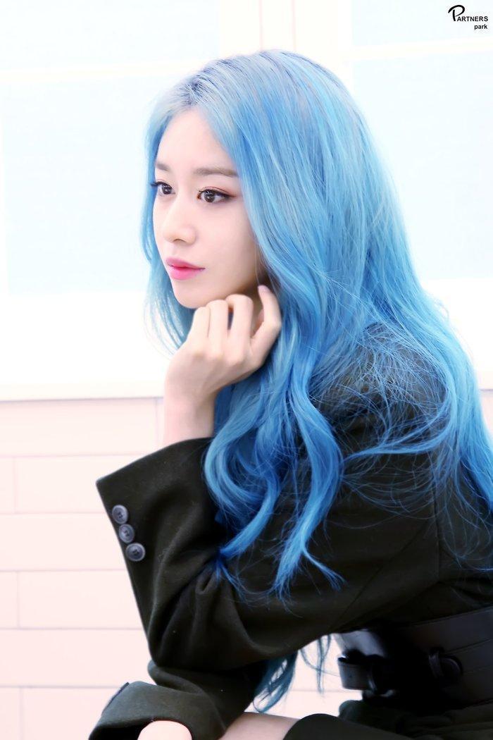 Park Ji Yeon (T-ARA) hóa công chúa Disney bản thực khiến dân tình bấn loạn Ảnh 7