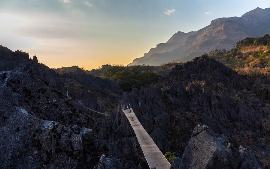 Địa danh ấn tượng thu hút khách hàng đầu ở Lào Ảnh 11